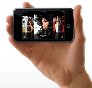 ipod-touch-hand